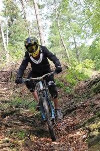 """Downhill pur Foto: MTB-Sportverein """"Bike-Sport-Lippe e.V."""""""