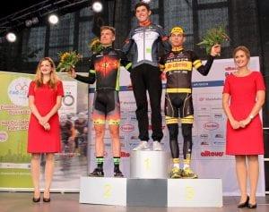Gesamtsiegerehrung vlnr: Dorian Lübbers, Florian Stork und Luca Henn  (Foto: Katharina Müller / rad-net.de)