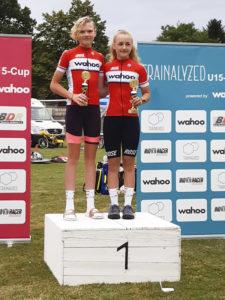 Platz 1 gebucht: Anna Borger und Judith Rottmann waren auch in Bayern schnell und erfolgreich. Foto: RSV NRW